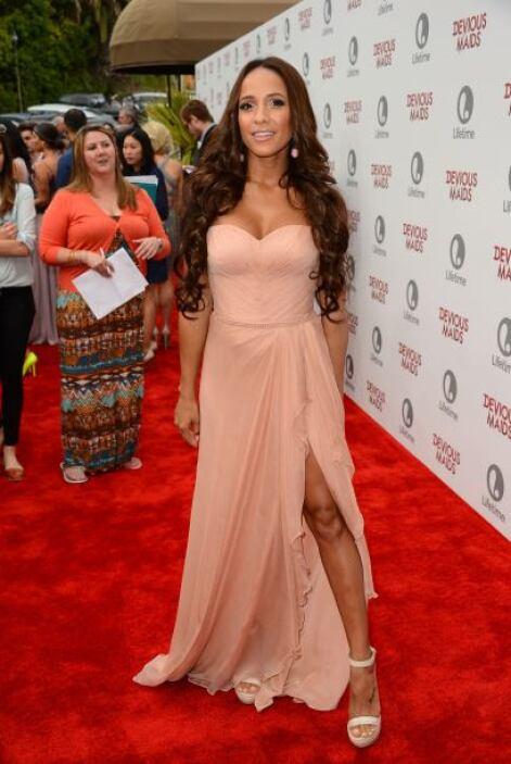 La actriz dominicana Dania Ramírez dio a conocer que está embarazada