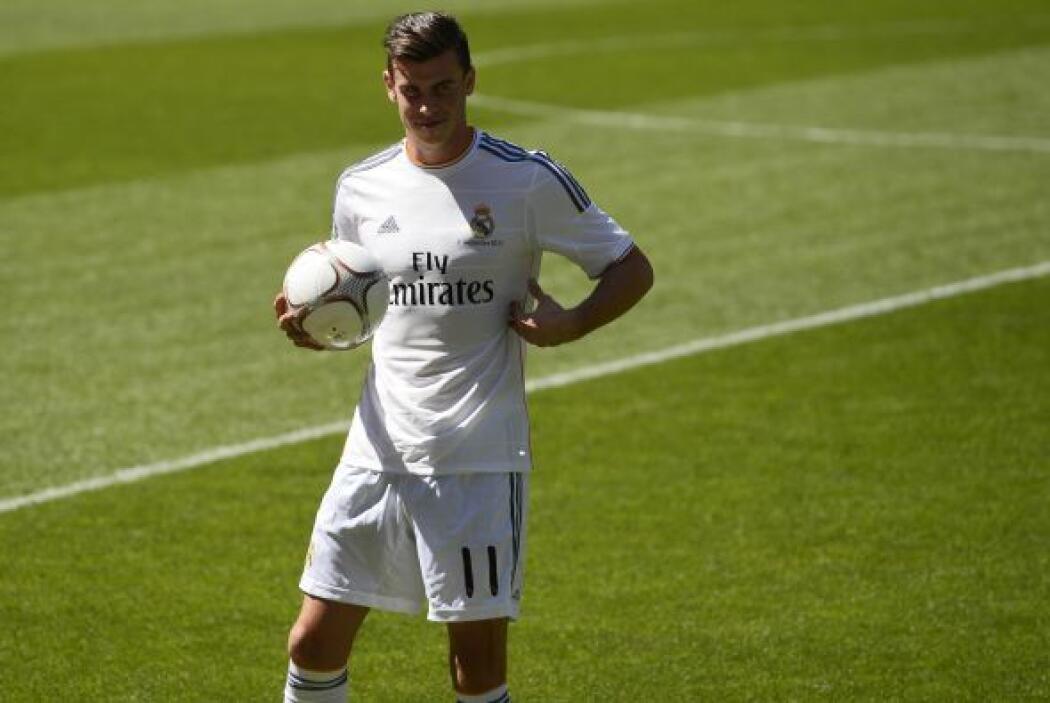 De hecho, se ganó a todos los fanáticos cuando dijo en español: ''Es un...