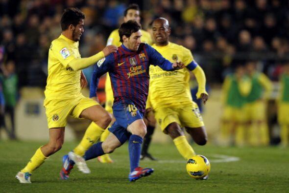 Messi siempre con marca a presión sobre él.