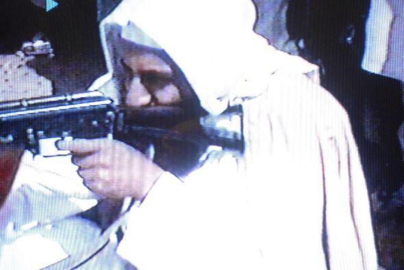 La sombra de Bin Laden se levantaba sobre el mundo que era testigo de su...