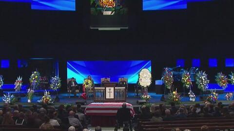 Con honores militares enterraron al oficial Jerry Walker