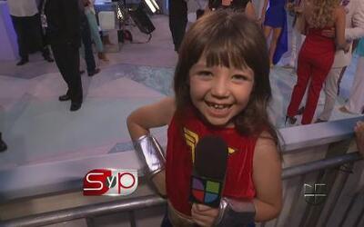 La pequeña 'Telesa' como toda una gran reportera