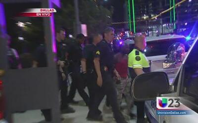 Tensión en Dallas entre policias y manifestantes