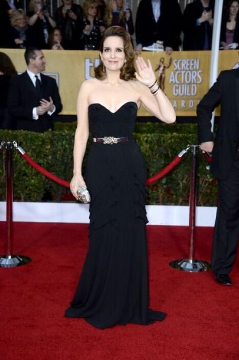 Digamos que Tina Fey no se viste mal, ¡nooooooooo!, lo que pasa es que e...