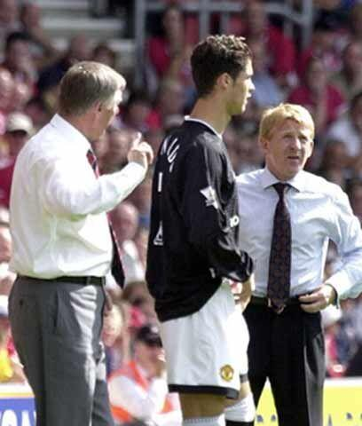 El estreno en el Manchester UnitedDos meses más tarde de su &eacu...