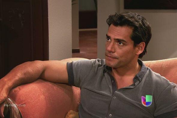 Daniel le dice a Camila que no piensa dejar La Malquerida hasta que se r...