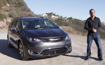 Chrysler Pacifica Hybrid 2017 - Prueba A Bordo Completa