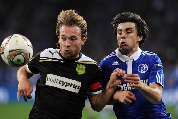 Schalke 04 también quería dar un paso importante de cara a los 16vos. de...