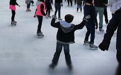 Alumnos de Escuelas Públicas de Chicago recibirán clases gratis de patin...