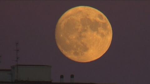 """El planeta ha sido testigo de la """"Superluna"""" que no se veía desde 1948"""