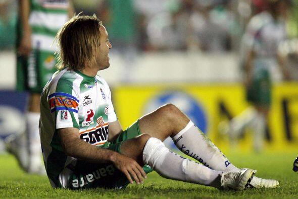Santos no remontó la marca de los Gallos en el 2007, pero se salvó graci...