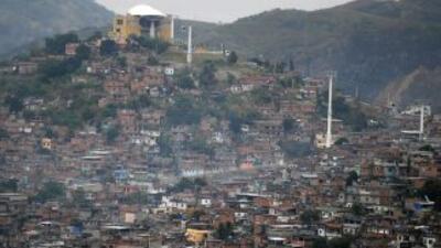 Un deslizamiento de tierra en el municipio brasileño de Diadema, al sur...