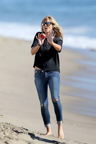 ¡Oh, no! ¿Pero qué le hacen a Heidi Klum? Mira aqu&i...