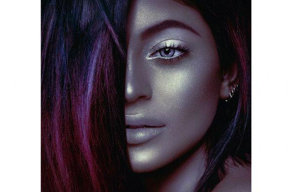 Este fue la imagen que desató las críticas en Instagram. Kylie lució un...