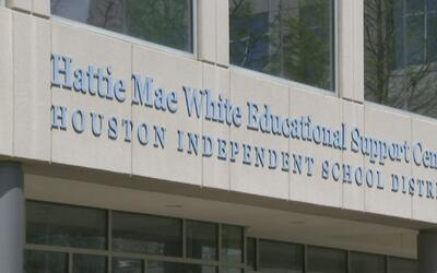 De aprobarse la ley SB3, el distrito escolar de Houston podría perder ha...