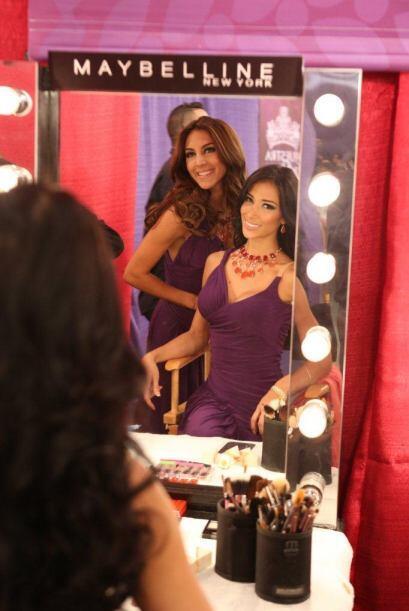 El espejo es uno de los mejores amigos de estas bellas.