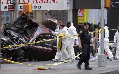 Autoridades refuerzan la seguridad en puntos claves de Nueva York tras g...