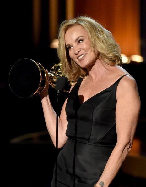 El Emmy como «mejor actriz de tvmovie o miniserie» fue ¡Jessica Lange! p...