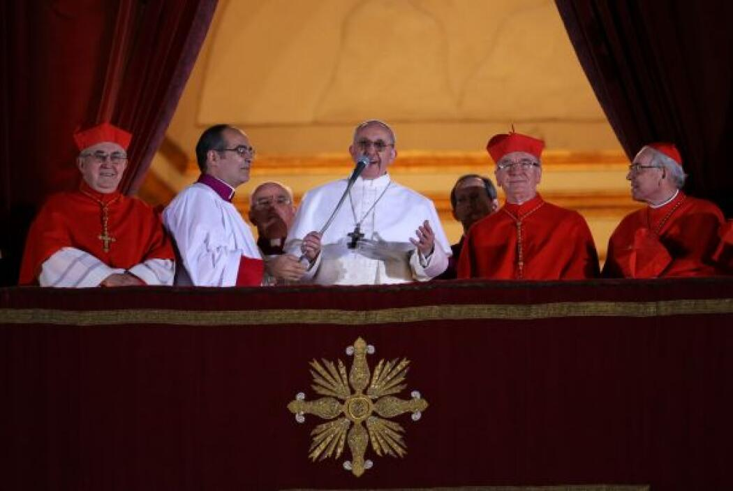 El 13 de marzo: Jorge Mario Bergoglio fue elegido en el cónclave como el...