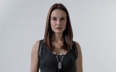 Alejandra Barros interpreta a Jacqueline Acosta
