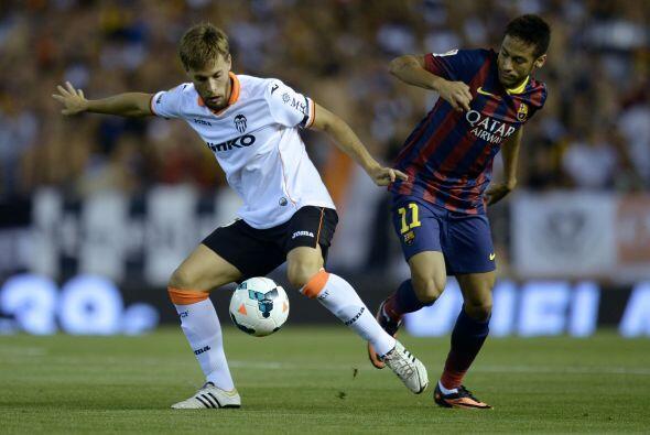 Horas más tarde, el Barcelona se metía al estadio Mestalla para enfrenta...