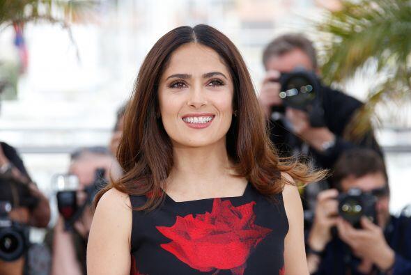 Salma usó un vestido de Alexander McQueen.