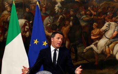 Matteo Renzi en la rueda de prensa en Roma tras conocerse los resultados...