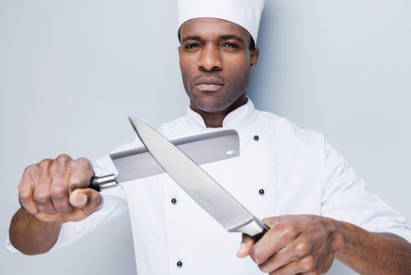 Afila tus cuchillos. Aunque no lo parezca, un cuchillo sin filo es m&aac...