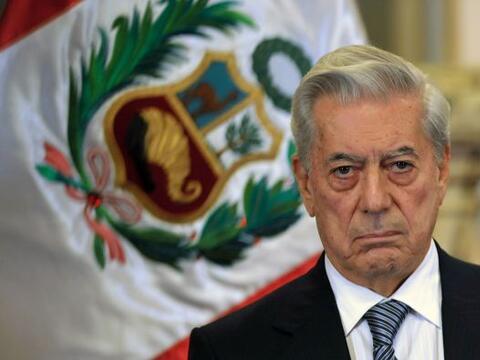 """El escritor peruano Mario Vargas Llosa dijo que Venezuela """"va camin..."""