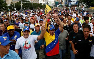 Oposición venezolana convoca huelga general de trabajadores y marcha a E...
