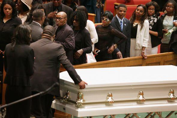 Entre los asistentes al funeral estaban el reverendo Jesse Jackson y el...