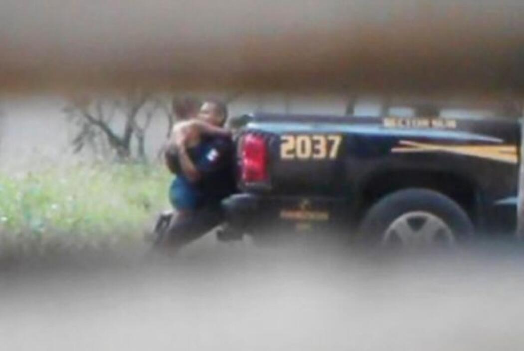 En octubre, un policía mexicano dio de que hablar. A este policía lo cac...