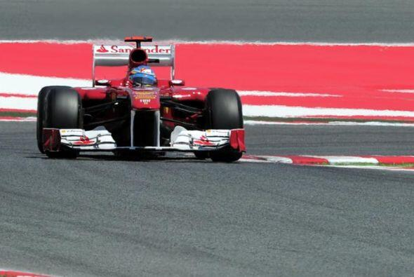 El piloto español de la Ferrari se mantuvo en la primera posici&o...