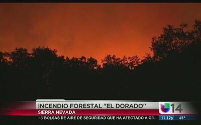 Continúa el incendio forestal en El Dorado