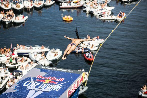 El Red Bull Cliff Diving World Series 2014 concluirá el próximo 18 de oc...
