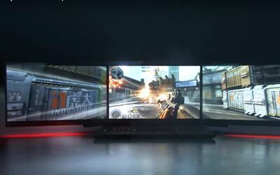 Compañía Razer lanza computadora con tres monitores durante CES Las Vega...