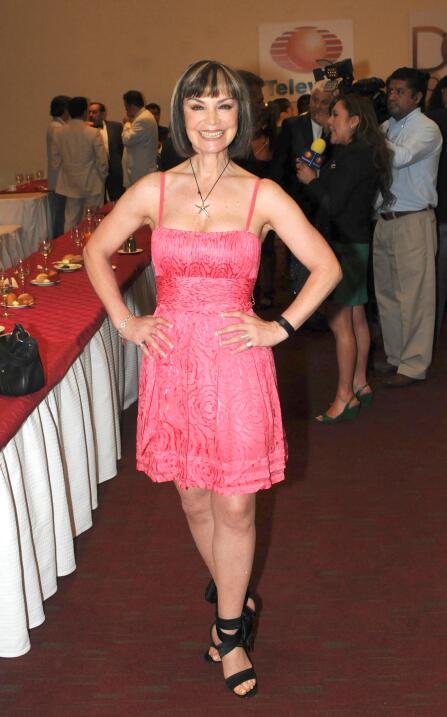 La novia de José Eduardo Derbez es súper fan de Victoria Ruffo ADYCA45.jpg