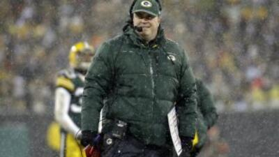Mike McCarthy no sabe si contará con Aaron Rodgers(AP-NFL).