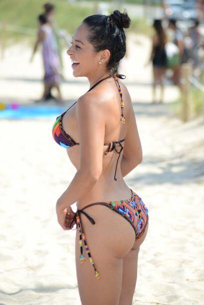 La periodista de deportes se dio un chapuzón en las playas de Miami y no...