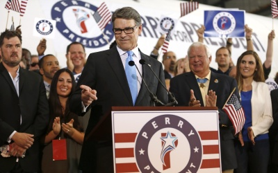Rick Perry durante el anuncio de su candidatura.