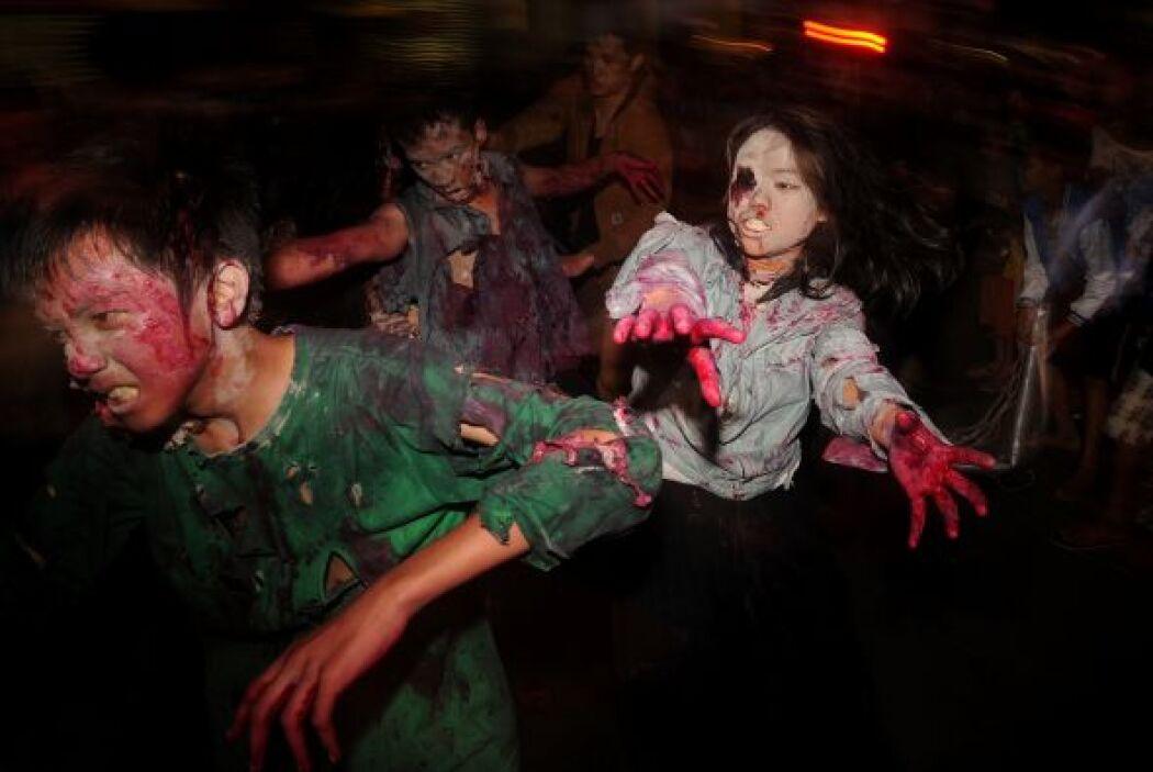 Los zombis, personas que vuelven de la muerte, han pasado de la literatu...