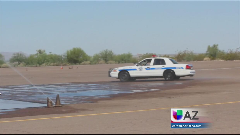 Reclutando nuevos cadetes para la policía de Arizona