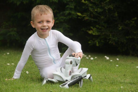 Charlie Walker es un niño de apenas cuatro años que sufre de alergias se...