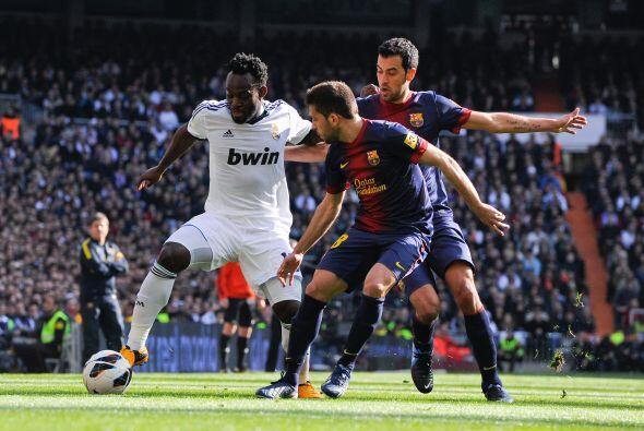 Con el marcador a favor el Madrid se dedicó a frenar al Barcelona.