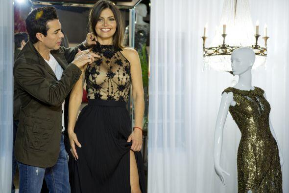 Éste fue el vestido que más le gustó: uno negro con transparencias.