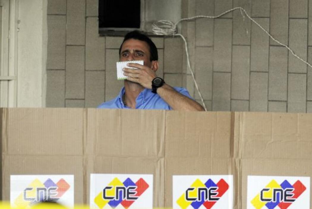 Capriles, de 40 años, había perdido las presidenciales con 44 por ciento...