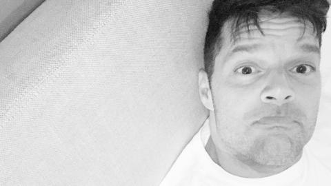 Ricky Martin compartió esta foto tras afeitarse la barba que luci...