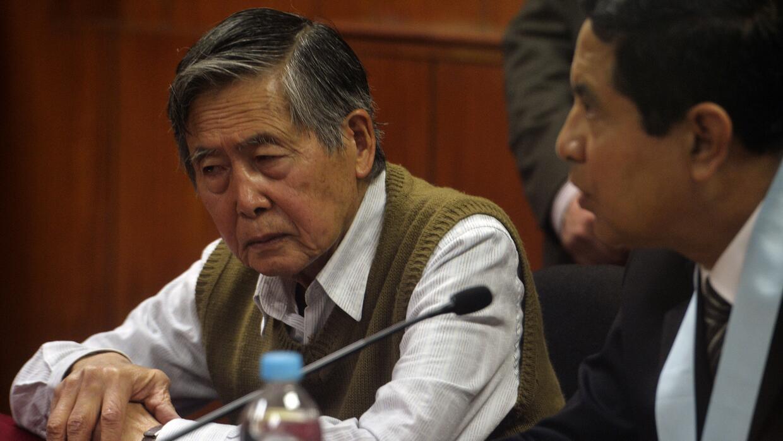 Fujimori tiene tres condenas por delitos de corrupción y otra contra los...