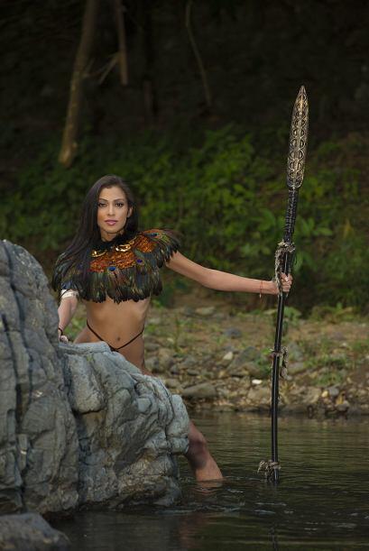 La ecuatoriana Karina Correa sacó su alma de guerrera. (Foto por:...