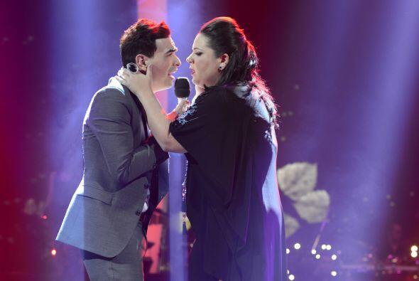 Víctor Robles y Yazaira realizaron un dueto que dejó boquiabiertos a todos.